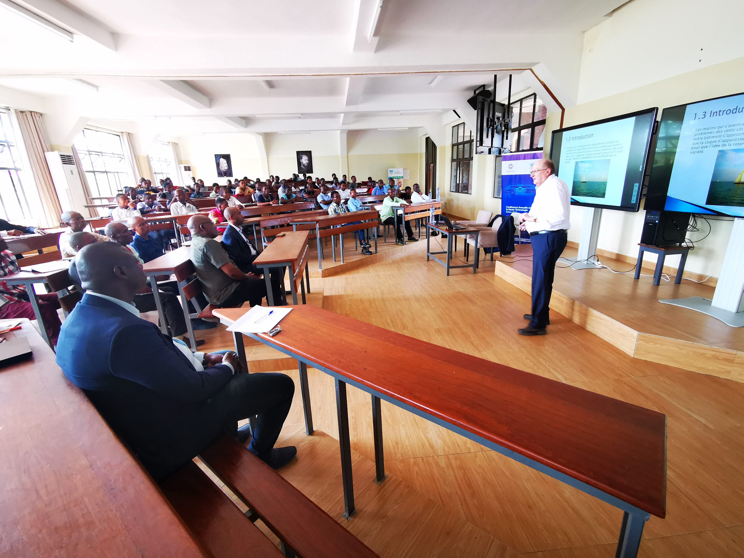 Conférence scientifique par le Professeur Jacques Navez