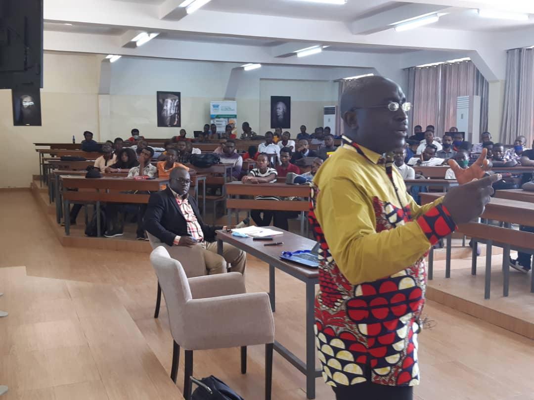 La  conférence sur la charte d'éthique et de déontologie