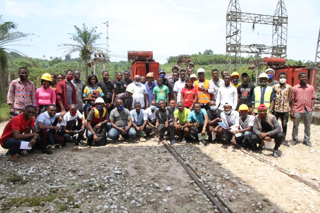 L'Université Mapon visite le barrage de LUTSHUKURU à Kalima